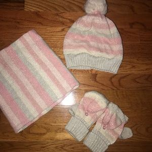 Gap Girls hat, scarf and gloves set